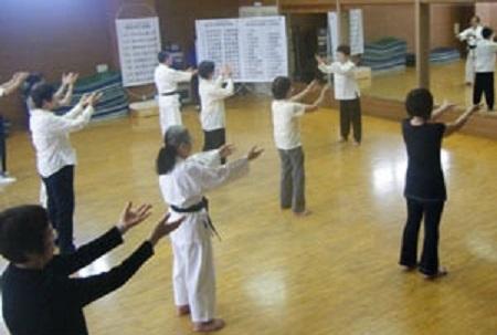 楊名時 八段錦 太極拳 名古屋市 中国 講座 太極拳教室