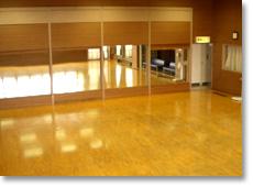 名古屋・水泳教室・スポーツクラブ・のホール・画像